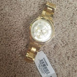 Nwt michael Kors gold MK6588 watch